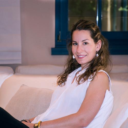 Fightsress - Head of Program - Eleni Tarnara - Ψυχολόγος - Ελένη Ταρναρά - Επιστιμονικά Υπεύθυνη Προγράμματος Διαχείρισης Άγχους Στρες